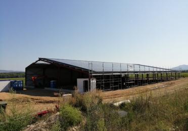 construction hangar panneaux photovoltaiques total quadran